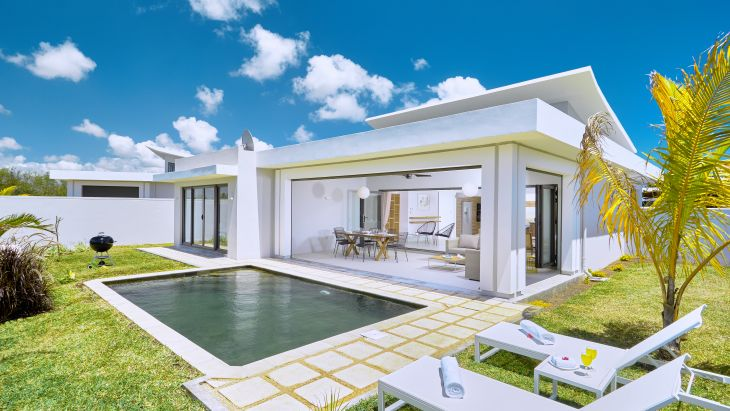 Immagine di copertina di Corail Bleu Private Pool & Garden Villas by LOV